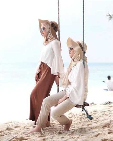 tips outfit hijab buat  pantai facetofeetcom