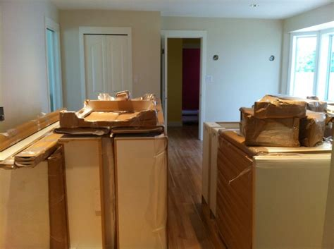 ready to go kitchen cabinets ready to go kitchen cabinets fabuwood stock and ready to 7637