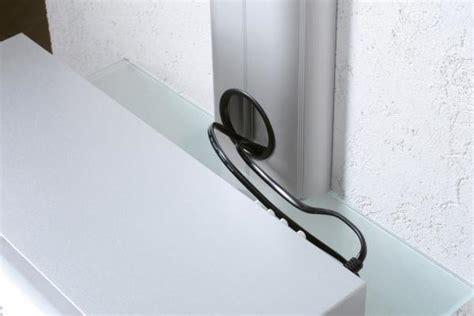 fernseher wandhalterung mit aluminium kabelkanal mit receiver decoder glasfachboden