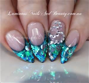 Image of: Nail Design Blue Glitter Glitter Blue Green Nail Blue Nail Designs To Beauty Your Nails