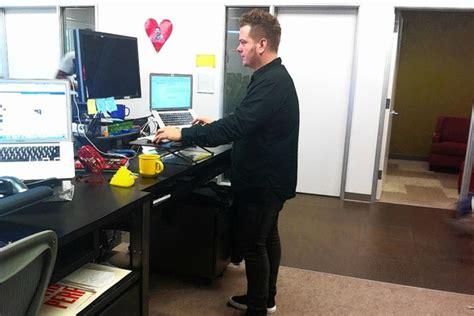 travailler debout bureau bureau debout le site de référence sur la santé et la