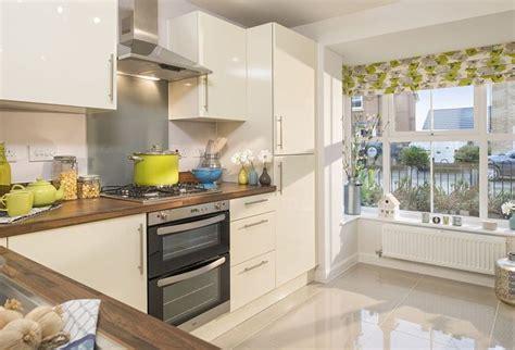woodbridge kitchen barratt homes  oct  showhome