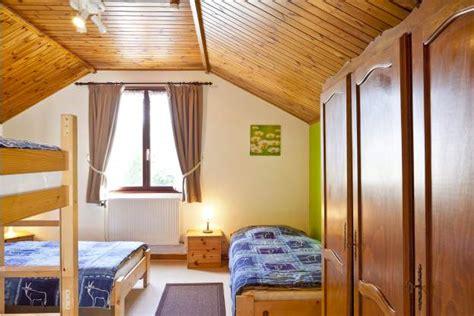 hotel durbuy avec chambre gîte avec espace wellness pour 10 12 personnes à durbuy