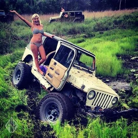 girls jeep wrangler jeep wrangler misc pinterest the mud girls and offroad
