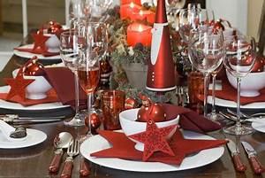Table De Noel Traditionnelle : d coration de tables traditionnelles pour no l couteaux ~ Melissatoandfro.com Idées de Décoration