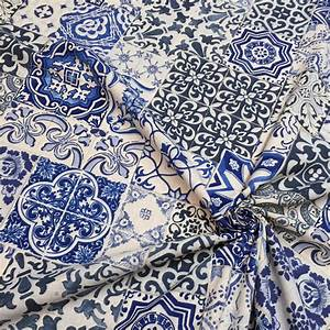 Tissu Carreau De Ciment : que faire avec un tissu azulejos le blog tissus papi ~ Teatrodelosmanantiales.com Idées de Décoration