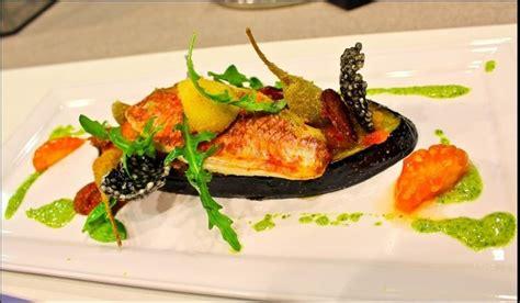 recette cuisine gastronomique simple rouget doré grosse tranche d aubergine marmelade de