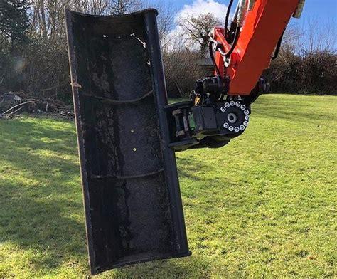 kubota   geith powertilt quick hitch vincent tractors geith excavator attachments