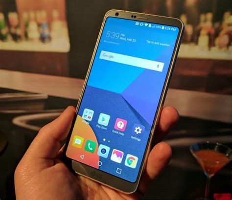 show me a picture of a phone lg g6 launch in india today check specifications price