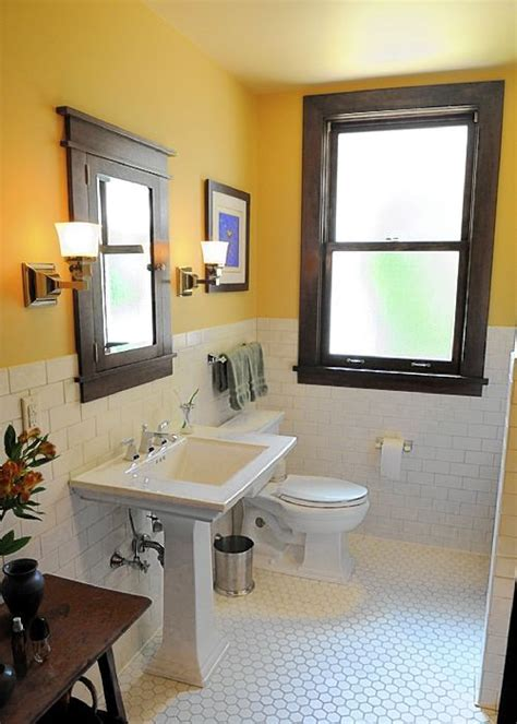 craftsman style bathroom ideas 25 best ideas about bungalow bathroom on