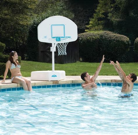 splash  shoot basketball game   ground swimming