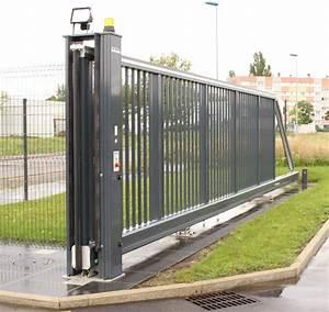 Portail Coulissant Sur Rail : portail coulissant masevaux pose de portail coulissant ~ Edinachiropracticcenter.com Idées de Décoration