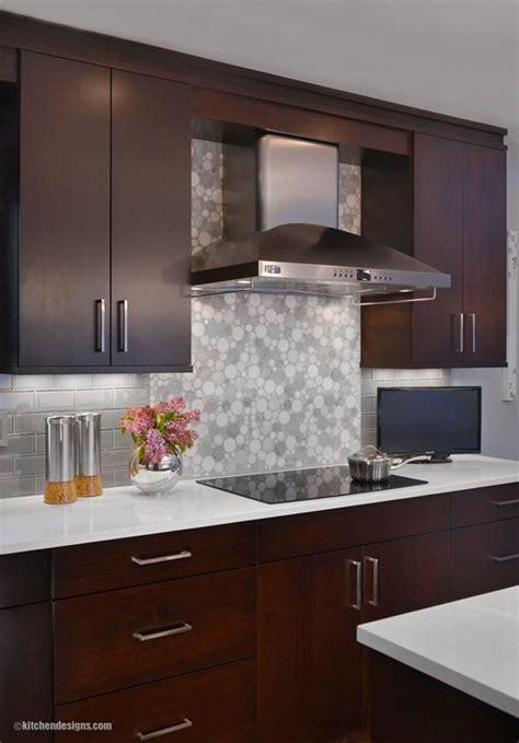 transitional long island kitchen  east hills  york kitchen designs