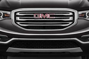 gmc acadia reviews research new used models motor trend With gmc acadia grill letters