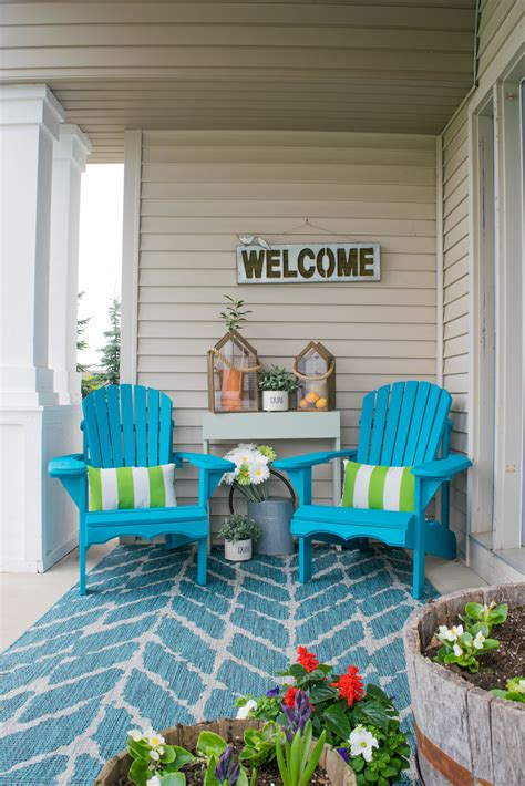 Small Porch Chairs by Front Porch Decorating Ideas These Diy Wood