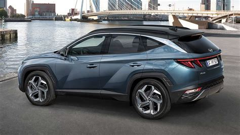 Tucson pushes the boundaries of the segment with dynamic design and advanced features. Νέο Hyundai Tucson: Πότε θα κυκλοφορήσει η plug-in ...