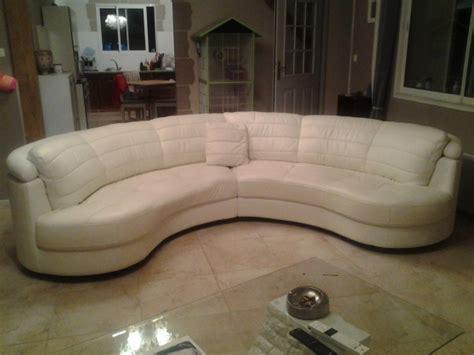 canapé demi lune canap 233 demi lune en cuir blanc meubles d 201 coration