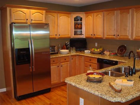 kitchen colors with oak cabinets kitchen paint colors oak cabinets with island design