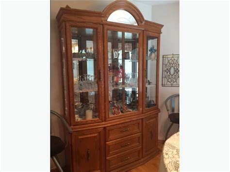 Oak Diningroom Table And Matching China Cabinet East