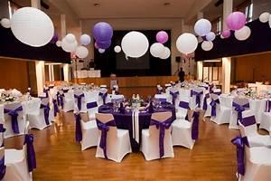 Idee Deco Salle Mariage : les indispensables pour une c r monie de mariage d co mariage ~ Teatrodelosmanantiales.com Idées de Décoration