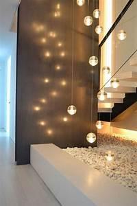 Wandgestaltung Treppenhaus Einfamilienhaus : staircase lighting interesting walldesign staircase pinterest staircases stairway ~ Markanthonyermac.com Haus und Dekorationen