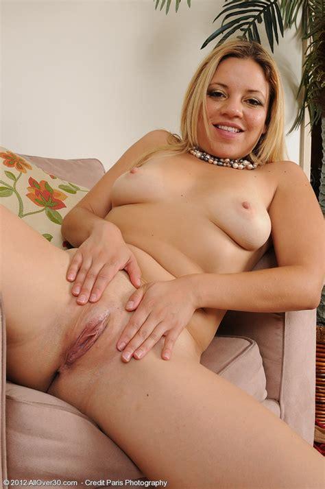 Andrea Acosta Flaunt Her Sexy Milf Naked Body Milf Fox