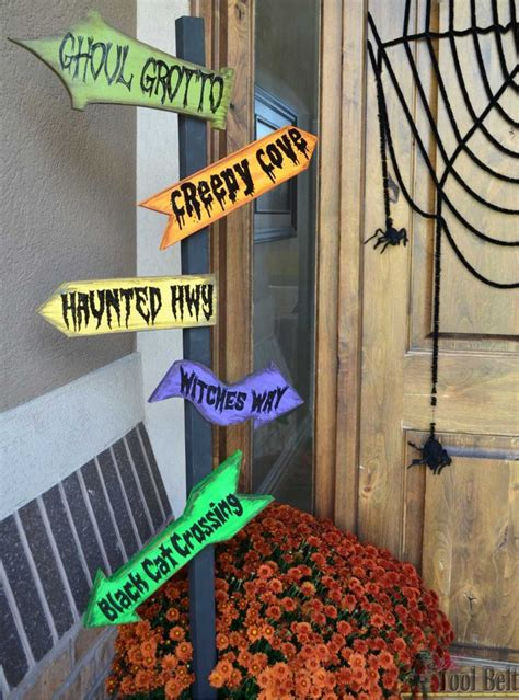 diy halloween direction sign  idea room