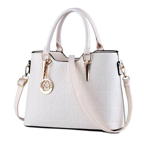 48 Women Handbag Design Trends For The Fashionistas