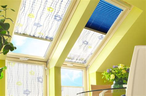 Dekorativ Und Praktisch Plissees Und Rollos Fuer Dachfenster by Plissees Sprick Gmbh Sundrape Sicht U Sonnenschutz
