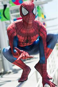 How to Make Your Very Own Ultimate Spider-Man Cosplay ...