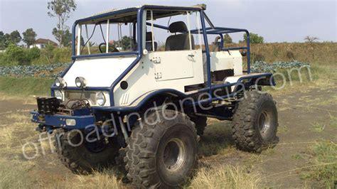 mobil jeep offroad modifikasi unimog type 2010 tahun 1961