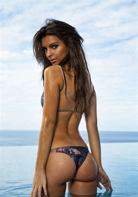 Emily Ratajkowski Just Proved Her Ass Is More Popular Than ...