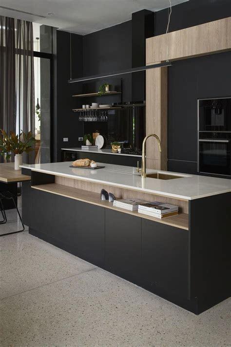 armoires de cuisine qu饕ec les 25 meilleures idées de la catégorie cuisine et bois sur cuisine bois et noir tabourets de cuisine en bois et cuisine noir mat