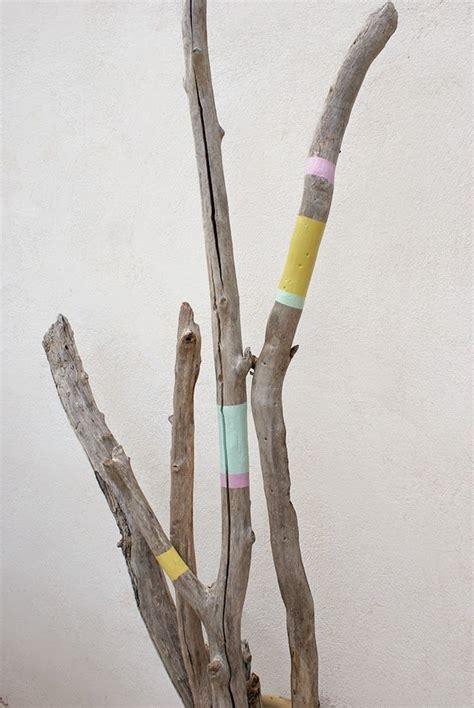 17 meilleures id 233 es 224 propos de bois flott 233 peint sur b 226 tons peints branches