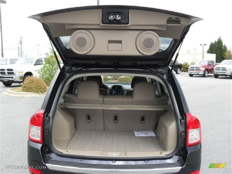 jeep compass trunk 2011 jeep compass 2 4 limited 4x4 trunk photo 47979356