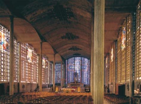 Brave  Churches    Reinforced Concrete