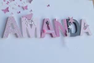 le sur pied chambre bébé lettres prenom poetiques amanda sur le modele amanda