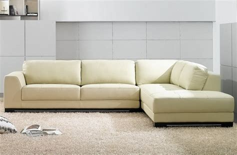 comment faire briller un canapé en cuir comment nettoyer un canapé en cuir conseils et photos