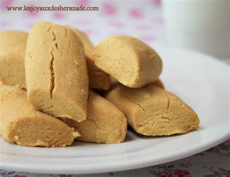 cuisine tunisienne gateau ghraiba lablabi montecaos à la farine de pois chiches