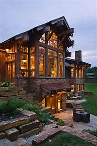 Amazing home with walkout basement - FaveThing com