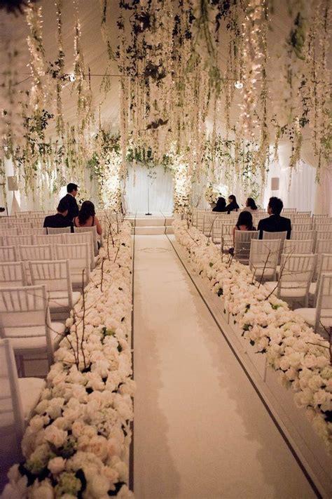 romantic winter wedding aisle decor ideas deer pearl