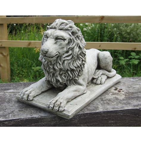 statue on plinth cast garden ornament patio home decor onefold uk ebay