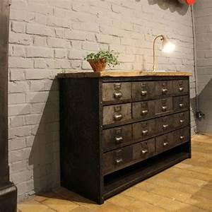 Meuble Industriel But : mobilier industriel ancien meuble industriel tiroirs ~ Teatrodelosmanantiales.com Idées de Décoration