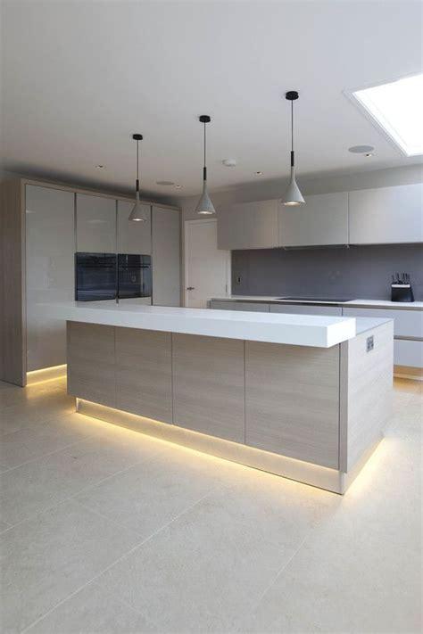 modern kitchen lighting ideas 25 melhores ideias de design de cozinha moderna no 7725