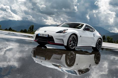 nissan 370z nismo wallpaper 2015 nissan 370z nismo hd pictures hd car wallpapers