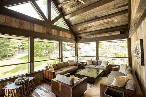 Creative Renovation Gives Modern Life To An Existing Frame :  Rustic Lakeside Cottage Morphed Into An