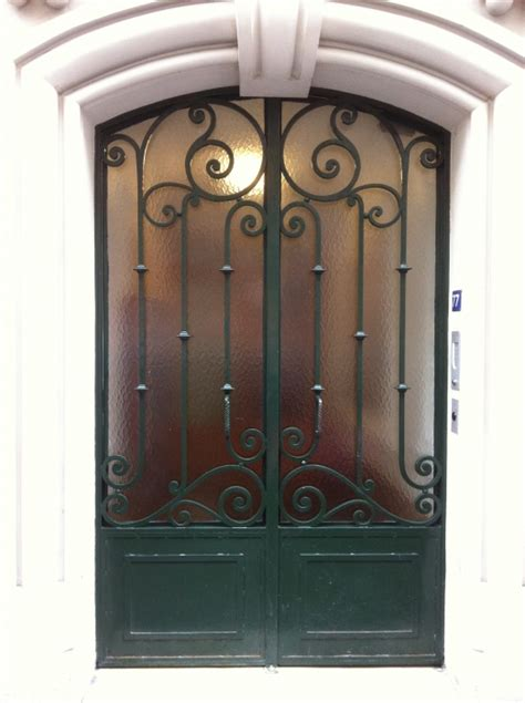 decoration des portes en fer porte en fer forg 233 adeline porte en fer forg 233 style classique le grand catalogue porte