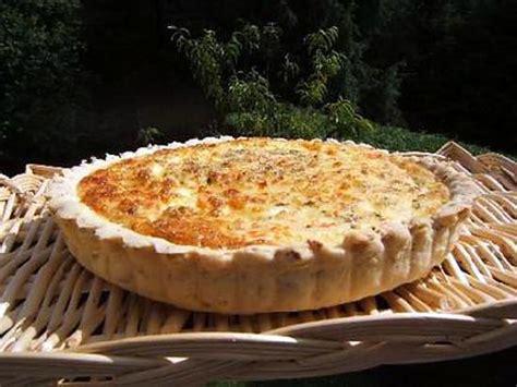 recette de tarte chaude 224 l 233 miett 233 de crabe sur une pate