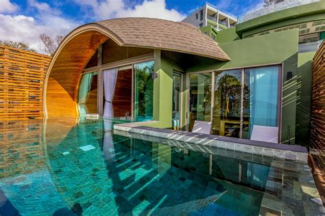 patong  villa premier pool villas crest resort