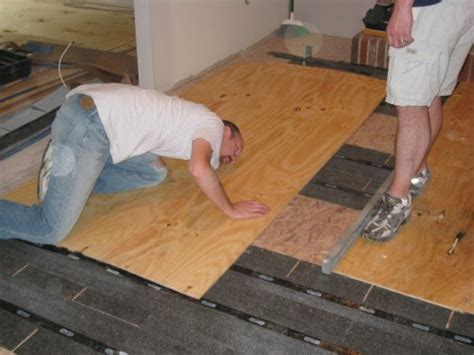 subfloor planks how to level a plywood or osb subfloor using asphalt shingles home projects organizing